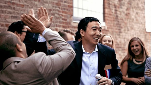 U.S. Presidential Candidate Andrew Yang Joins Manna Base Team